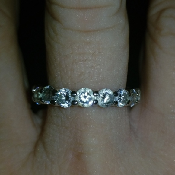 Accessories - 💎4 for 20 item! Silver Eternity band💎